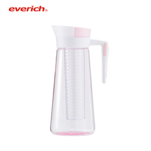 Everich 2018 Plastic Water Pitcher Acrylic Water Jug Fruit Infuser Infusion Pitcher
