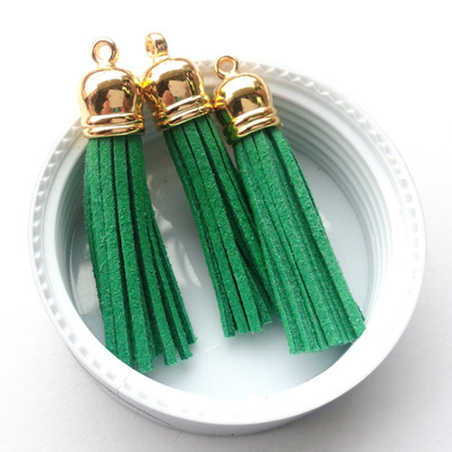 Wholesale Price 100PCS 55MM Christmas Green Suede Cord Tassel Charms Handmade Macrame DIY Jewelry Gold Cap Tassels for DIY