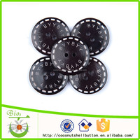Black and white 1 inch big size wood casual bag button