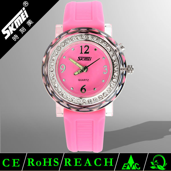 Hot fashion diamond women plastic watches