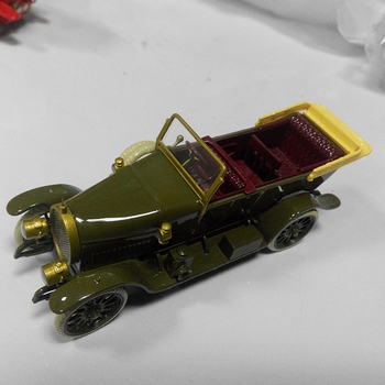 China manufacturer scale resin car toy for collection With Good Service