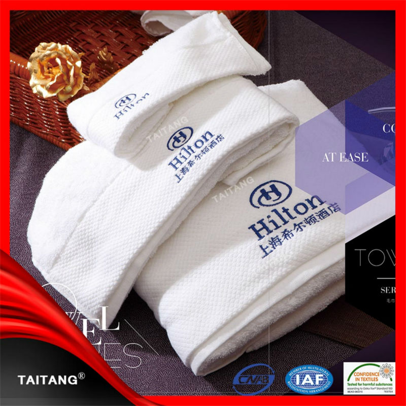 2018 high absorbtion 100% cotton logo printed high quality c-fold hand towels