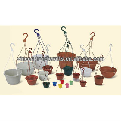 Round plastic resin garden plant hanging planters decor pots for garden balcony