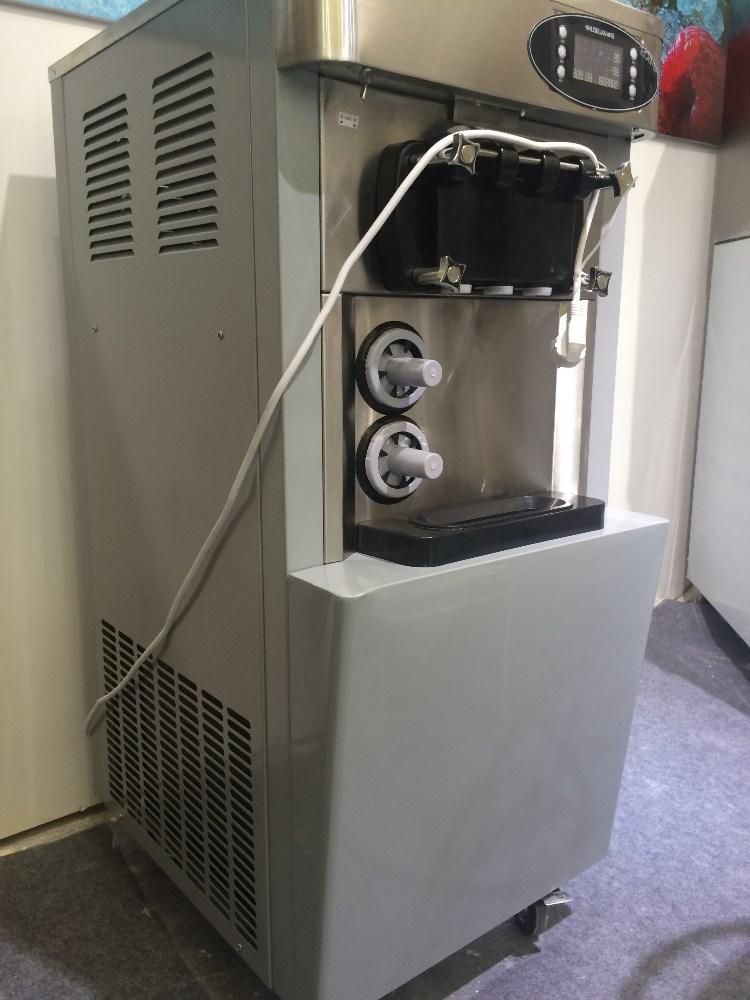 Auto fabricante do creme de gelo refrigerado 3 sabores comercial macio máquina de sorvete capacidade 32L