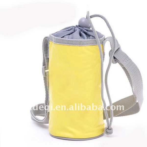 Drawstring drink cooler bag
