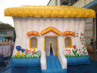 inflatable bounce house/castle