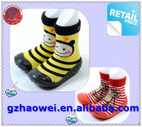 Cheap wholesale seamless lovely cartoon anti-slip baby socks with silicon rubber sole
