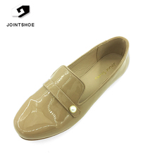 2017 latest design PU Patent leather Comfort Casual Ladies Flat Shoe