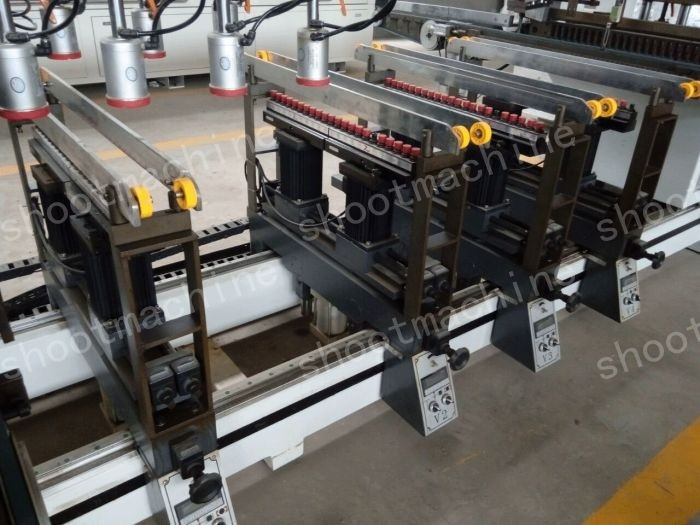 AUTO SIX ROWS MULTI-BORING MACHINE BJK130AZS with Max. processing pitch 2450x672mm and Min. processing pitch 140x32mm