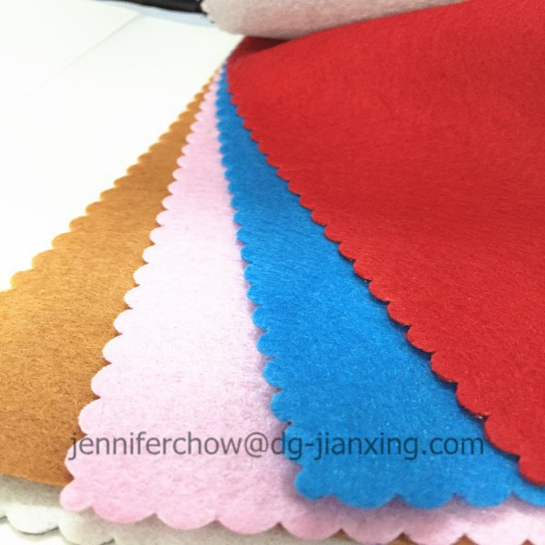 Polyester non woven felt fabric in roll for garment interlining Trade Assurance supplier