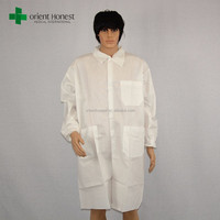 Strong permeability disposable microporous anti static lab coat