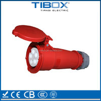 2015 ip55 waterproof industrial plug and socket 16A 2P+E 220V