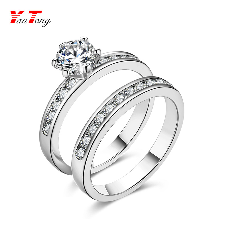 Classic and Simple Designs Diamond Zircon Promise Wedding Couple Rings With Platinum Plating