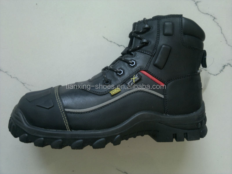 DESMA injection leather safety shoes