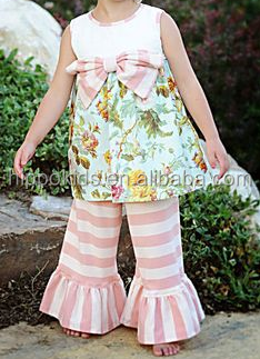 Wholesale smocked dress with ruffle pants bowknot little girl lovely clothing set stripe legging girls floral outfits
