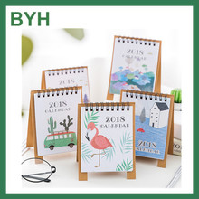 2018 OEM customized size Mini pocket kraft paper calendar with hangtag