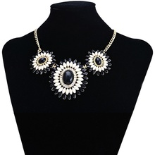 stainless steel circle necklace velvet choker necklace