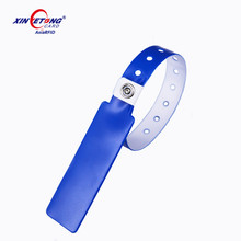 13.56MHz HF Passive Ntag215 Disposable PVC RFID Wristband NFC bracelet