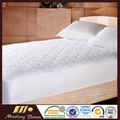200-Thread Count Cotton Waterproof Mattress Pad
