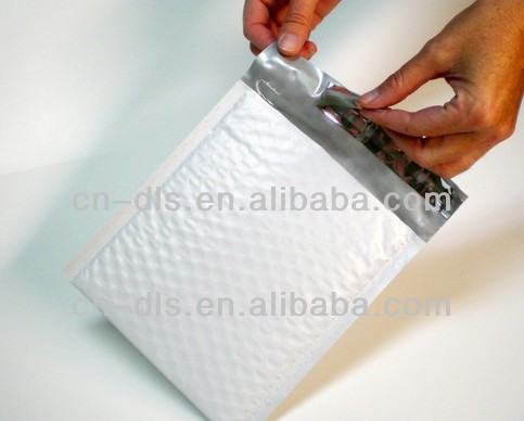 WHITE KRAFT BUBBLE MAILERS SELF SEAL PADDED ENVELOPES