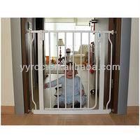 EN 1930:2011 pet friendly baby safety gate