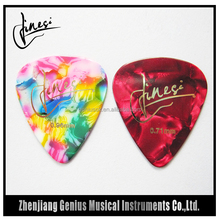 China Manufactuer Thin Medium and Heavy Gauge 1.5Mm Guitar Pick