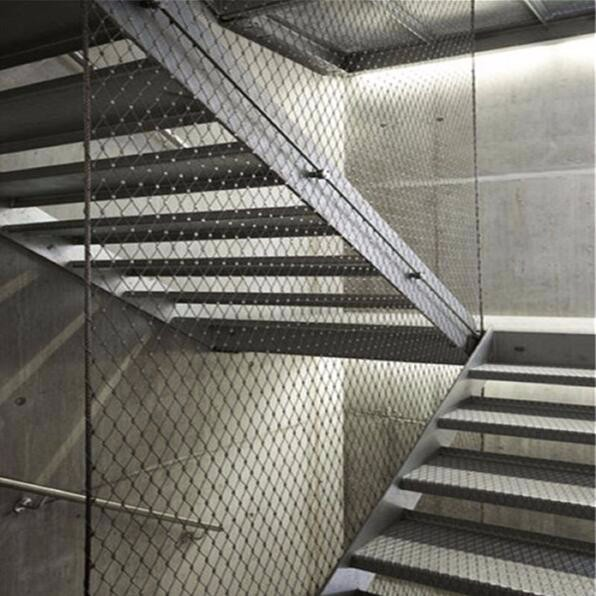 Stainless steel cable mesh for building stairs