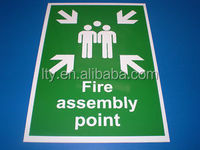 FIRE ASSEMBLY POINT - A4 HEALTH AND SAFETY SIGN IN RIGID PVC WATERPROOF (M-CS075)