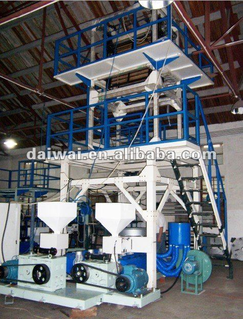 plastic machine extruding with double winder and corona