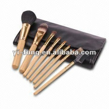 Travel Makeup Brush Set with Powder, Eyeshadow, Blush, Lip Brushes and Cosmetic Pouch