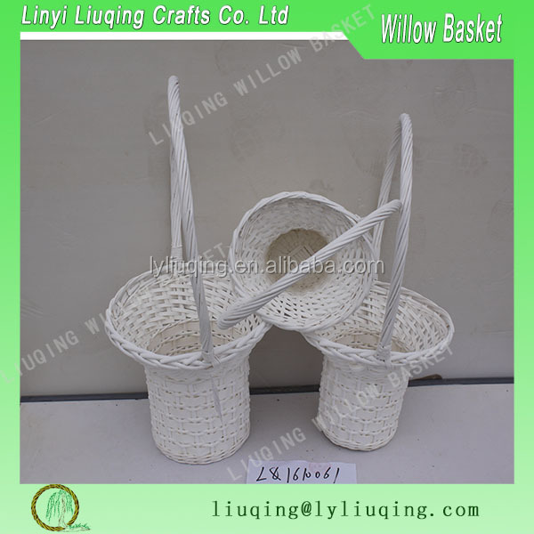 Christmas or Easter baskets White Wicker Baskets, Flower girl baskets