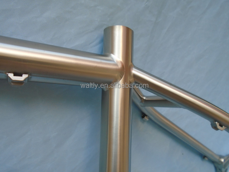 "Stronger 29"" titanium MTB frame for 3.0"" tyre"