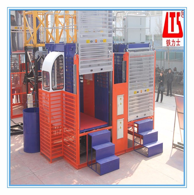 HONGDA 2t With Double Cages SC200 200XP Construction Elevator