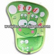 comfortable grass green floating mouse pad in frog pattern with shoes shape design for hot-selling 2013