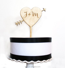 2018 latest wedding decoration wood cake toppers