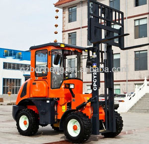 4WD All Rough Terrain 2.8T Diesel Forklift Truck With CE