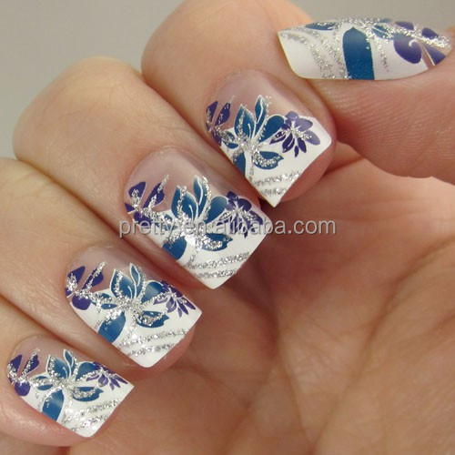 24PCS Pretty floral scroll nails are dainty and delightful. Painted over a neutral French tip