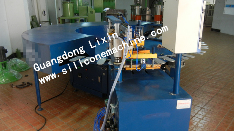 Automatic Slide Table Gloves Screen Printing Machine/Machinery/Equipment