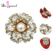 New Arrival Fashion Pearl Floral Rhinestone Women Shoe accessories Decoration Flower Crystal Clips Customized Shoe Clip Ornament