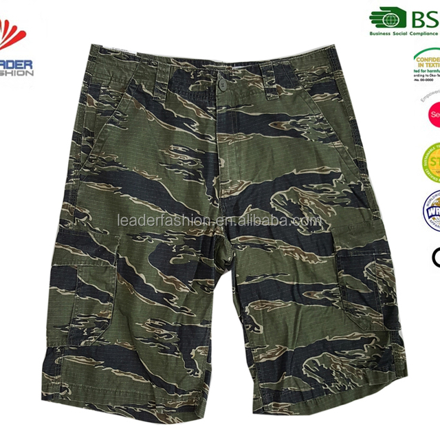 Camouflage workwear shorts