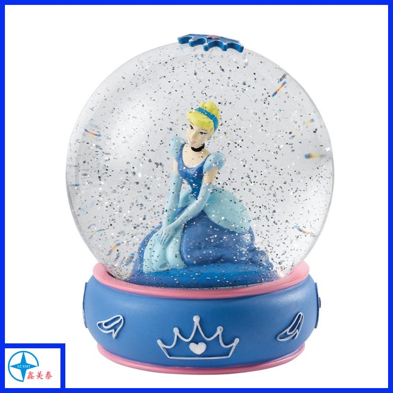 High quality resin princess custom snow globe, resin water globe