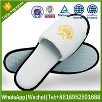Cheap Washable hotel slipper clinic comfort shoes/indoor slippers with embroidery logo