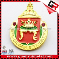 Good quality best sell custom gold lapel pin badge
