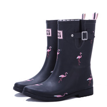 2017 new style middle tube ladies rubber rain boots printing patterns