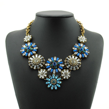 new foreign trade jewelry exaggeration short blue flowers of high-grade crystal necklace sweater chain HM1308