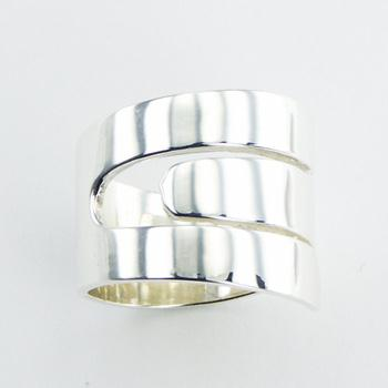 Plain 925 Silver Designer Ring Exciting Tapering Band Design