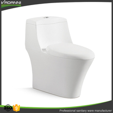 Factory promotional products ceramic western toilet standard size