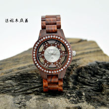 Bewell new creative fashion vogue mens ladies watch CZ crystals wood watch with see through case back