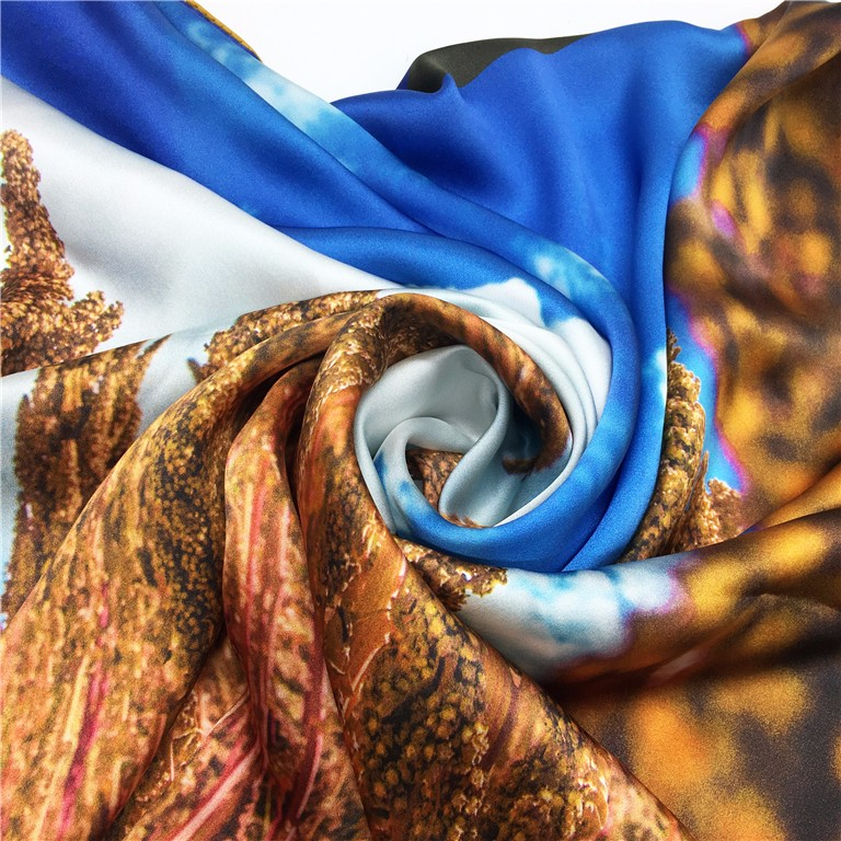 Custom Digital 100*100cm Printing attractive design satin silky scarf