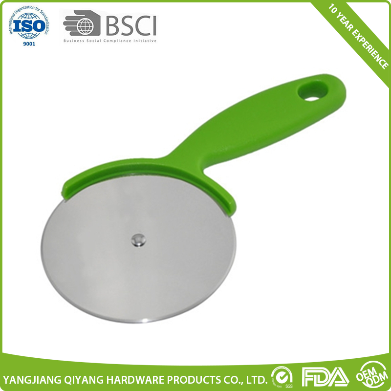 Factory directly price big size stainless steel blade pizza cutter cake cutter with pp handle